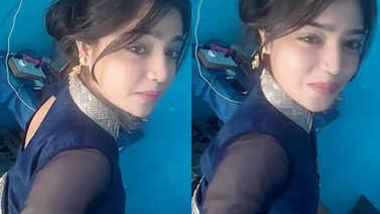 Desi Babe Selfie In Sexy Dress