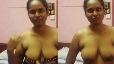 Tamil Girl Removing Top & Sucking Dick wid Audio