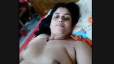 Boudi Showing Nude Body (Updates)