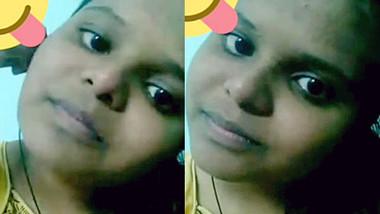 Telugu Slut Deepika Showing Her Pussy On Call