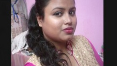 Big boob desi Bhabi Showing 3Clip Merged In 1 (Update)