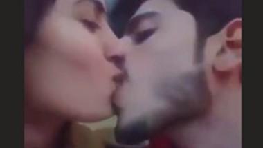 Horny Paki Couple Smooching