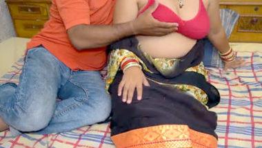 Desi big boobs aunty
