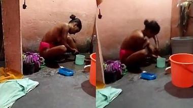 Desi bhabhi topless bathing hubby recording