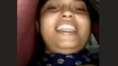 Sexy Desi Girl Showing boobs On Video Call With Clear Hindi Talk