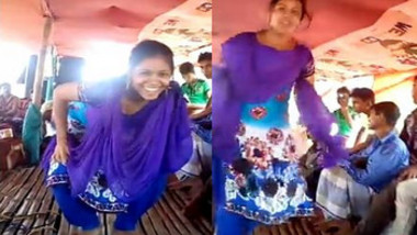 Desi girl dance boot