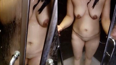 Indian Wife Shower clip