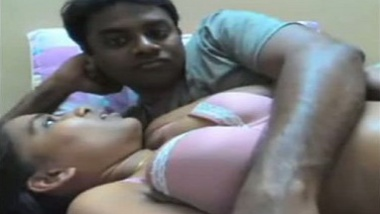 Mature Indian bhabhi big boobs pressed and pussy fingered | 1 Hour