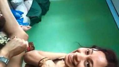 desi bhabhi surat sex bhavnagar sucking cock