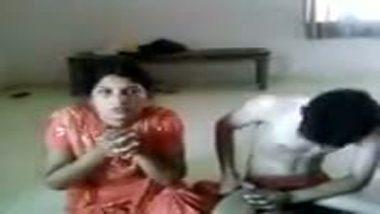 Desi Indian bhabhi caught during illegal home sex affair