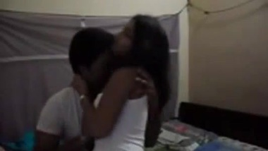 Indian porn tube videos of hostel girl with senior
