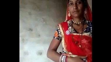 Sexy Rajasthani Bhabhi Showing Off