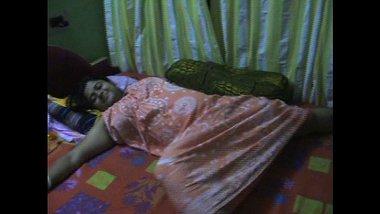 Devar Fingering Busty Desi Bhabhi