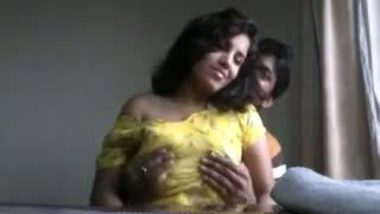 Big boobs Mumbai MBA college girl leaked mms scandal video