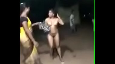 Record Dance Rehearsal Of South Indian Chick