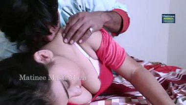 Free bollywood sex video of Mumbai desi bhabhi Savitha