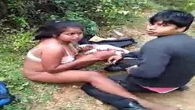 Desi couple caught in jangle