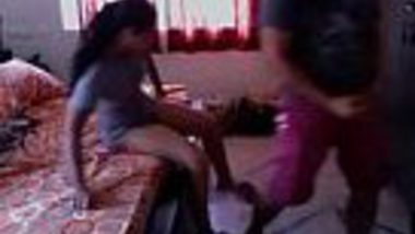 Teen desi girl fast chut chudai with brother's best friend