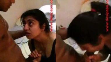 College desi Indian porn of girlfriend do deep blowjob