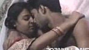 Mausi ne Bhanja nephew ka lund apni chut me lekar sex kiya