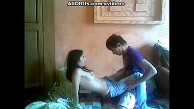 Assam ki newly married bhabhi ki padosi se chudai