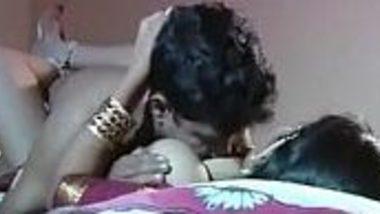 Masala foreplay b-grade blue film of Madrasi Indian desi aunty