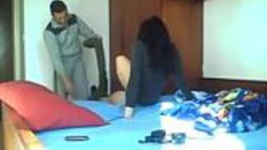 Madrasi college desi girl give blowjob and do hardcore sex with Indian