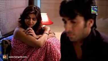 Desi bhabhi illegal foreplay sex affair cheat her family