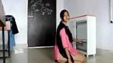 Free Indian porn xxx of virgin Dehradun college girl hardcore fuck