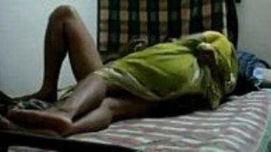 Telugu maid in saree do hardcore sex with Madrasi owner