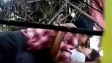 Myanmar village girl fucking