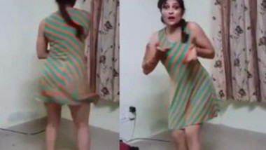 Newly married Bhabi Sexy Dance For Husband