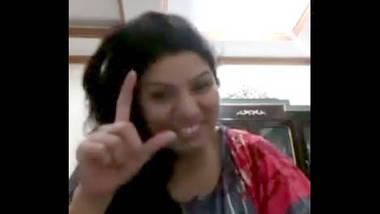 Desi cute face bhabi cam video