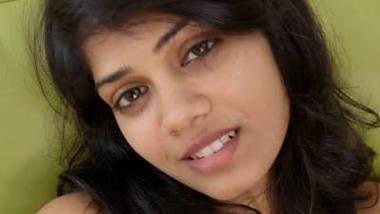 indian princess yuna masturbationg 4(1)