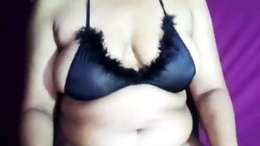 Sri lankan tit massage oil boob massage with boob squeeze