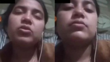 Beautiful Desi Married Bhabi Showing On Video Call 2More Clip