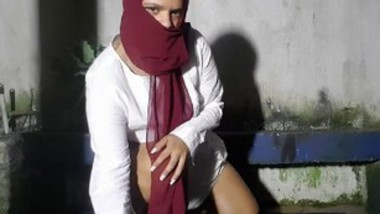 Horny punjabi bhabi bhagvanjyot masturbation 1