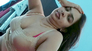Desi sexy bhabi nice body