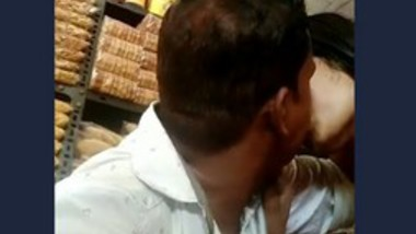 Desi lover very hot kiss 2