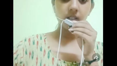 Desi village wife hot body show