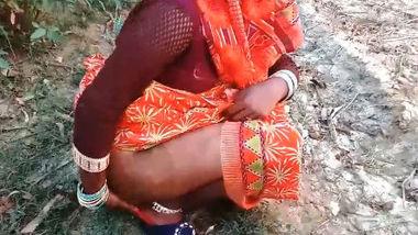 Desi village aunty fucking in field