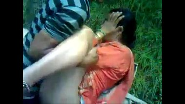 Married Shimla Aunty Outdoor Sex In Park