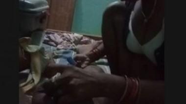 Bhabi Shaving Hubby Dick