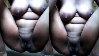 Desi Girl Showing Her Nude Body