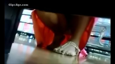 Sexy Pussy Of Desi Maid In Supermarket