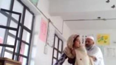 Desi XXX porn as head master fuck urdu teacher school affair caught mms