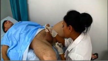 Sexy NRI Doctor Gives A Nice Handjob