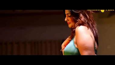 Hot Sexy Indian Bhabhi Has sex with Devar - The Hot Sonia bhabhi XXX Video !!