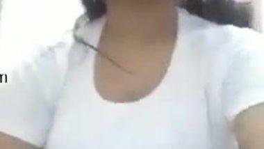 Teen Desi cutie makes XXX video showing off her big bouncing tits