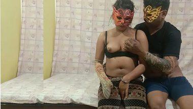 Real XXX Life Desi Couple Sex Leaked Video - Amateur indian porn